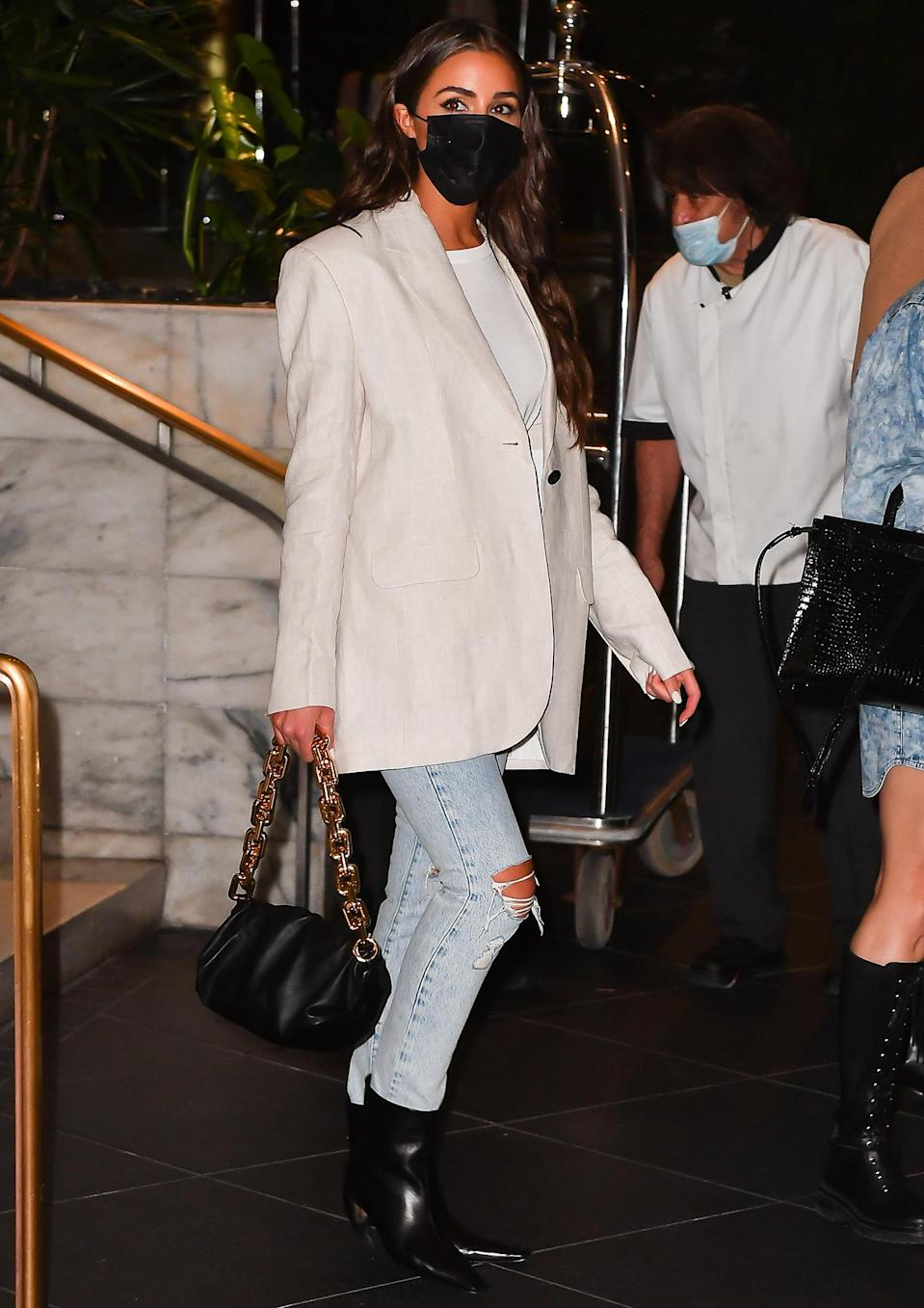 <p>A stylish Olivia Culpo steps out for dinner at Swan restaurant in Miami on Thursday.</p>