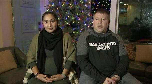 PHOTO: Claudia and Nick Simonis of San Antonio, Texas, are not budging after their Homeowner Association apparently ordered them to remove their Christmas decorations. (ABC News)