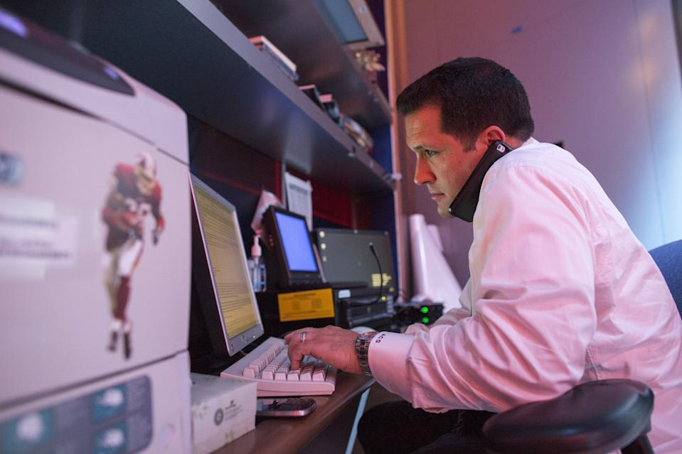 BRISTOL, CT - AUGUST 18: Adam Adam Schefter, who has been an NFL Insider at ESPN for five years, sits at office desk at ESPN Headquarters in Bristol, Conn., on Monday, August 18, 2014.(Photo by Christopher Capozziello/For The Washington Post via Getty Images)