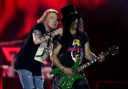 Guns N' Roses settles lawsuit over Guns 'N' Rosé beer