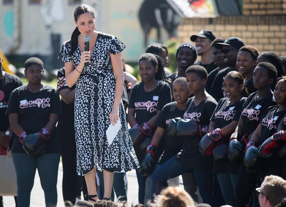 CAPE TOWN, SOUTH AFRICA - SEPTEMBER 23: Meghan, Duchess of Sussex gives a speech as she visits the Nyanga Township with Prince Harry, Duke of Sussex during their royal tour of South Africa on September 23, 2019 in Cape Town, South Africa.   (Photo by Samir Hussein/WireImage)