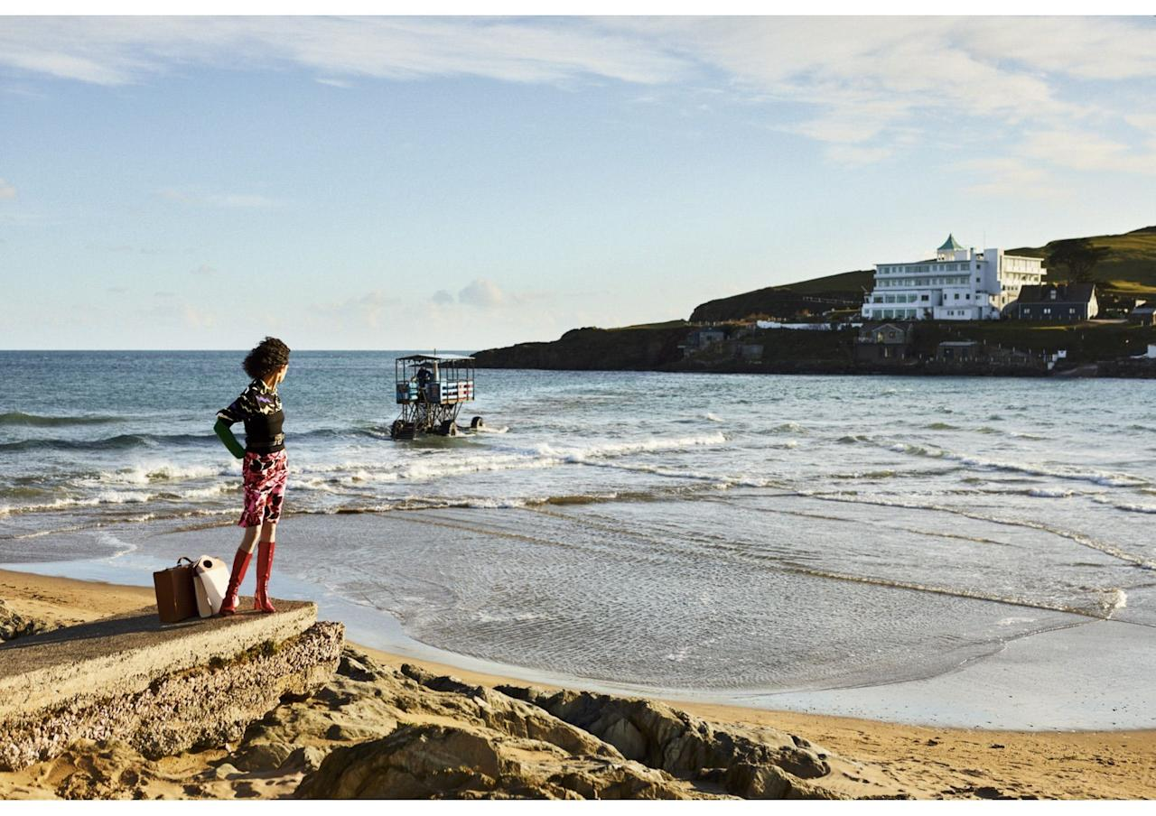 <p>The chances of jetting off to the Greek islands over the next few weeks may be slim, but why not make the most of the English sun and take a trip to your nearest beach? Travel light with Town & Country's edit of chic holiday essentials.</p>