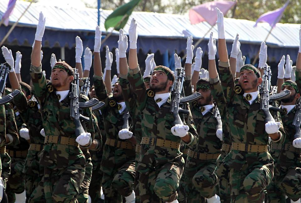 Iran's elite Revolutionary Guards march during a 2010 military parade in Tehran (AFP Photo/Atta Kenare)