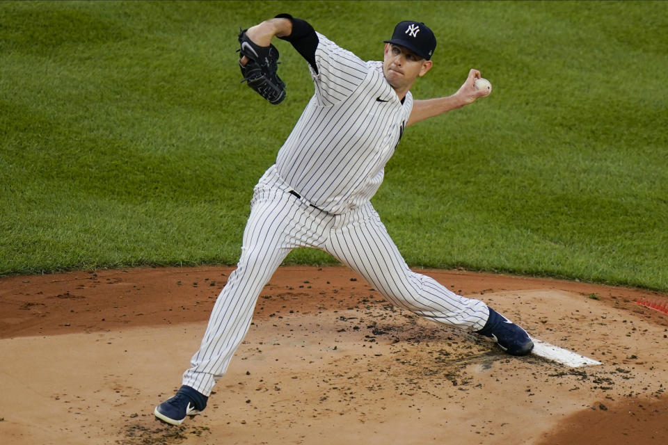 FILE - New York Yankees' James Paxton delivers a pitch during the first inning of a baseball game against the Boston Red Sox in New York, in this Saturday, Aug. 15, 2020, file photo. Paxton is a free agent. (AP Photo/Frank Franklin II, File)