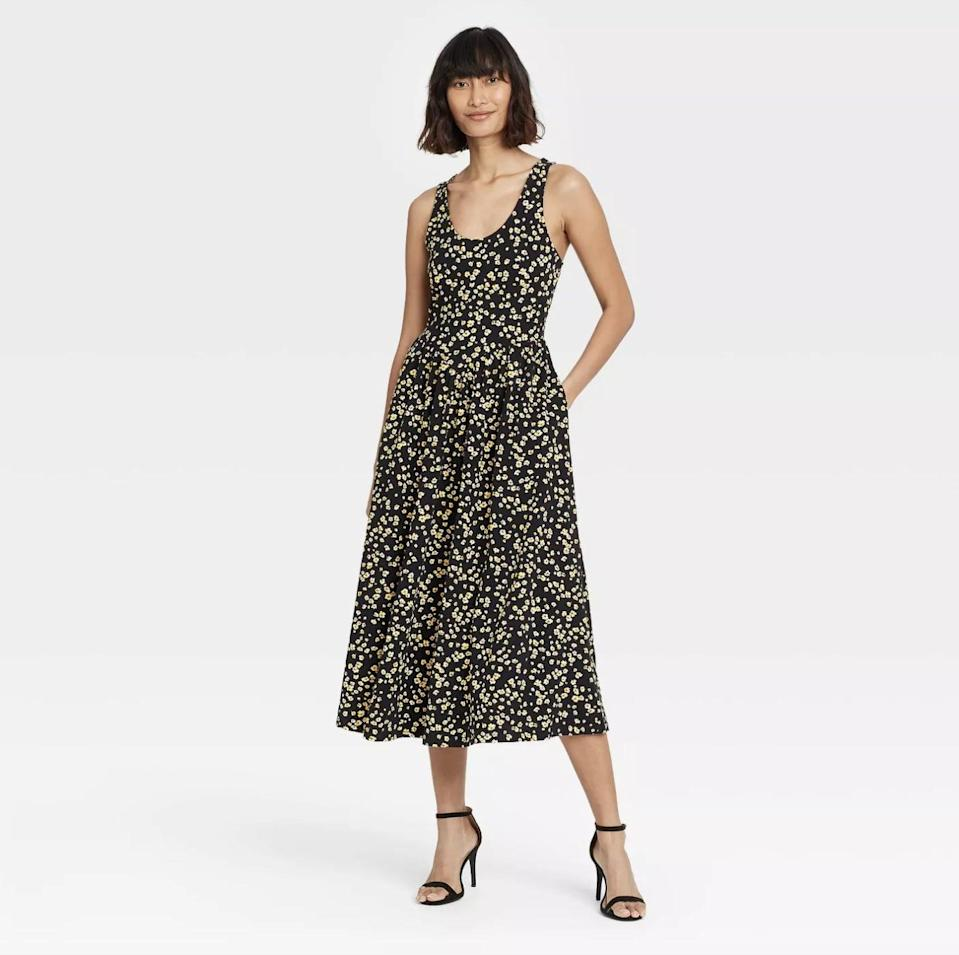 <p>From high-heeled sandals to low mules, any shoe will go with this <span>Who What Wear Sleeveless Dress</span> ($35).</p>