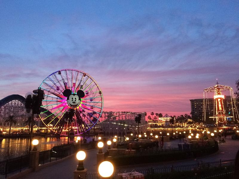 Tourists wander around Disney's California Adventure located adjacent to Disneyland, a major tourist attraction in Anaheim. The infected teen visited the park as well as several other popular attractions in the area, authorities said. (Photo: P_Wei via Getty Images)