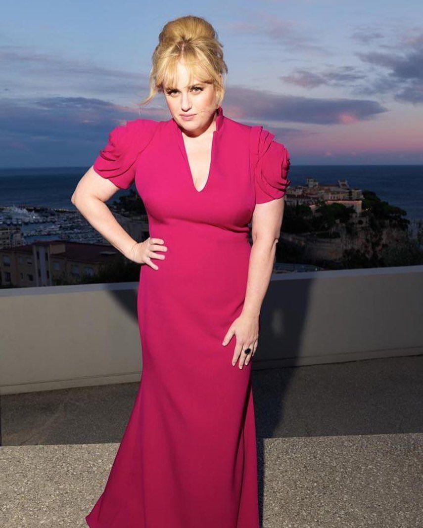 """<p><a href=""""https://www.womenshealthmag.com/uk/fitness/a30848671/rebel-wilson-weight-loss/"""" rel=""""nofollow noopener"""" target=""""_blank"""" data-ylk=""""slk:Rebel Wilson"""" class=""""link rapid-noclick-resp"""">Rebel Wilson</a>'s Year of Health was a grand success. Not only did she discover a love for fitness but she hit her healthy weight loss goals too. Working out regularly with trainer Jono Castano, the Aussie A-Lister does everything from battle ropes to hiking, tyre-flipping and stair-climbing. </p>"""