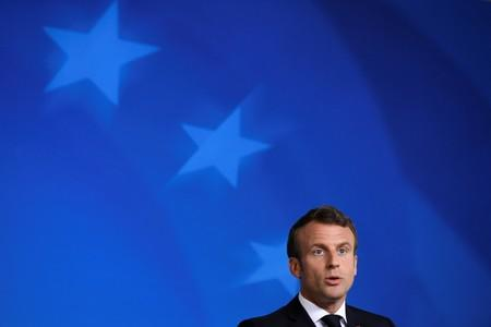 Macron calls for synergies, alliances' to strengthen Renault-Nissan