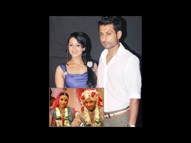<b>5. Indraneil Sengupta-Barkha Bisht</b><br>Barkha and Indraneil met on the sets of Pyaar ke do Naam –Ek Radha Ek Shyaam. It was not before long when their on-screen love as Radha and Shyam began to show off-screen as well. The couple got married in 2008 and are blessed with a lovely daughter.