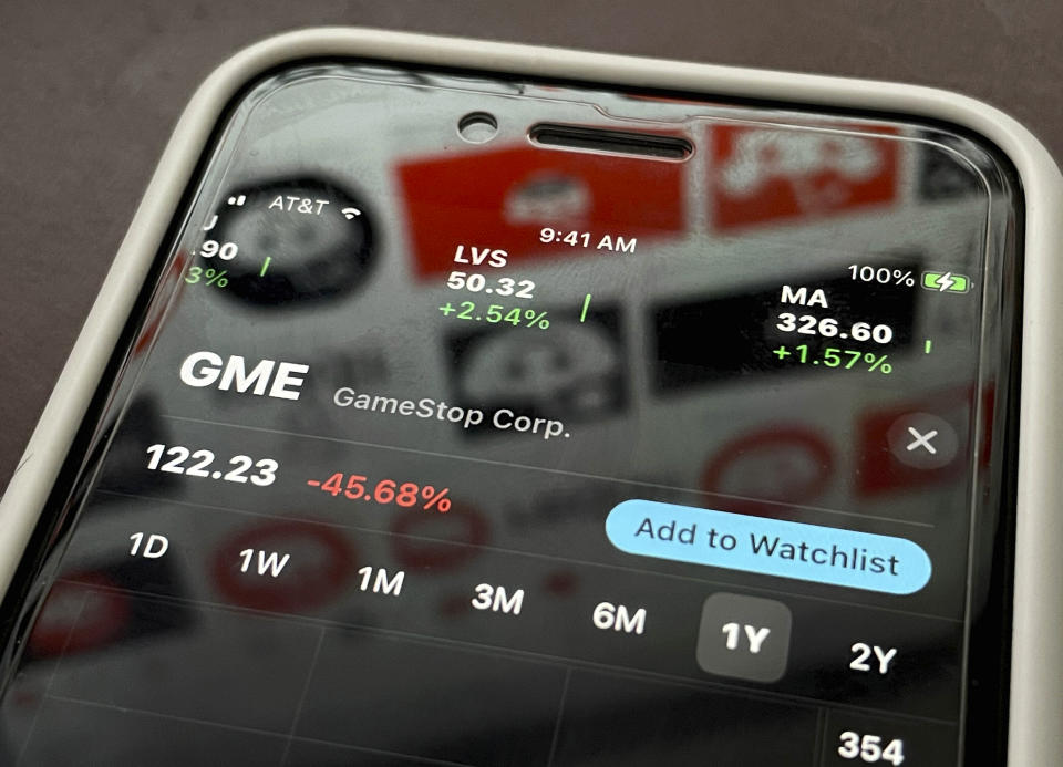 Photo by: STRF/STAR MAX/IPx 2021 2/2/21 GameStop, AMC and Silver stock prices plunge as Reddit short-squeeze loses steam. STAR MAX Photo: GameStop, AMC, Reddit, Robinhood, WallStreetBets, Stock Graphs and logos photographed off Apple devices..