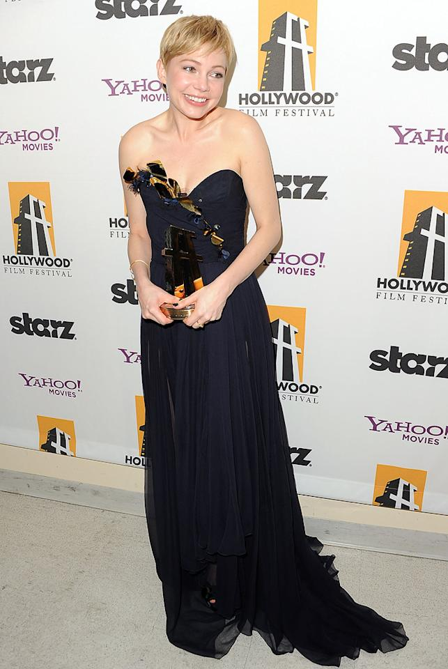 "<a href=""http://movies.yahoo.com/movie/contributor/1800018861"">Michelle Williams</a> at the 15th Annual Hollywood Film Awards in Beverly Hills, California on October 24, 2011."