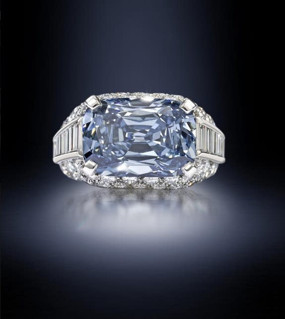 Whoa! Rare Blue Diamond Fetches Record $9.6 Million