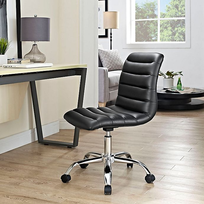 """<h2>Modway Ripple Mid-Back Office Chair</h2><br><strong>Best For: Streamlined Support</strong><br>This sleek armless style is the streamlined solution for small-space butt support that still looks modern chic. <br><br><strong>The Hype: </strong>4.4 out of 5 stars and 517 reviews on <a href=""""https://amzn.to/3py3AkK"""" rel=""""nofollow noopener"""" target=""""_blank"""" data-ylk=""""slk:Amazon"""" class=""""link rapid-noclick-resp"""">Amazon</a><br><br><strong>Comfy Butts Say:</strong> """"After reading so many positive reviews on the chair, I decided to order it for myself and I'm happy I did. The chair is well constructed, very comfortable, and terrific quality. The chair is not bulky and works really well in the area where my desk is in my spare room. It came well packaged and was easy to assemble.""""<br><br><strong>Modway</strong> Ripple Mid-Back Office Chair, $, available at <a href=""""https://amzn.to/3py3AkK"""" rel=""""nofollow noopener"""" target=""""_blank"""" data-ylk=""""slk:Amazon"""" class=""""link rapid-noclick-resp"""">Amazon</a>"""