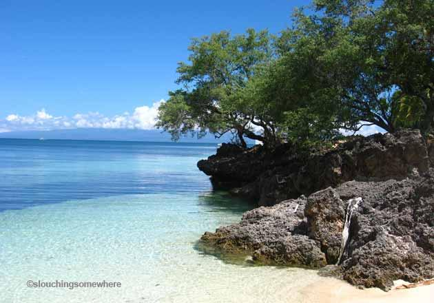 <strong>Siquijor</strong> also has its share of marine sanctuaries (Tulapos Marine Sanctuary), though most curious visitors go for the tiny island's reputation for the supernatural. Don't let that get in the way of having quality island idling about or discovering some precious hidden coves.