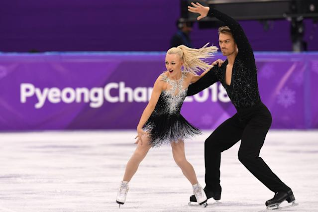 <p>Britain's Penny Coomes and Britain's Nicholas Buckland compete in the ice dance short dance of the figure skating event during the Pyeongchang 2018 Winter Olympic Games at the Gangneung Ice Arena in Gangneung on February 19, 2018. / AFP PHOTO / Mladen ANTONOV </p>