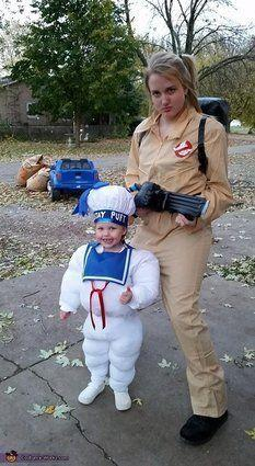"Vía <a href=""http://www.costume-works.com/stay-puft-marshmallow.html"" target=""_blank"">Costume-Works.com</a>"