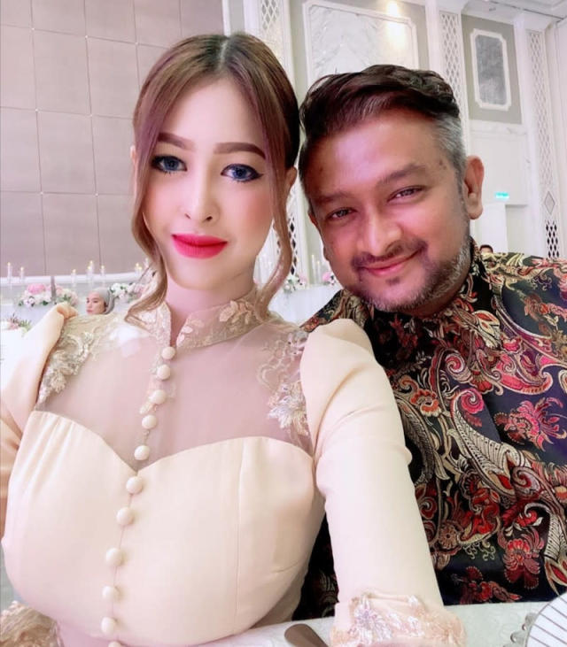 Malaysian Actress Eina Azman Gets Worked Up Over Comments She Edited Her Photo