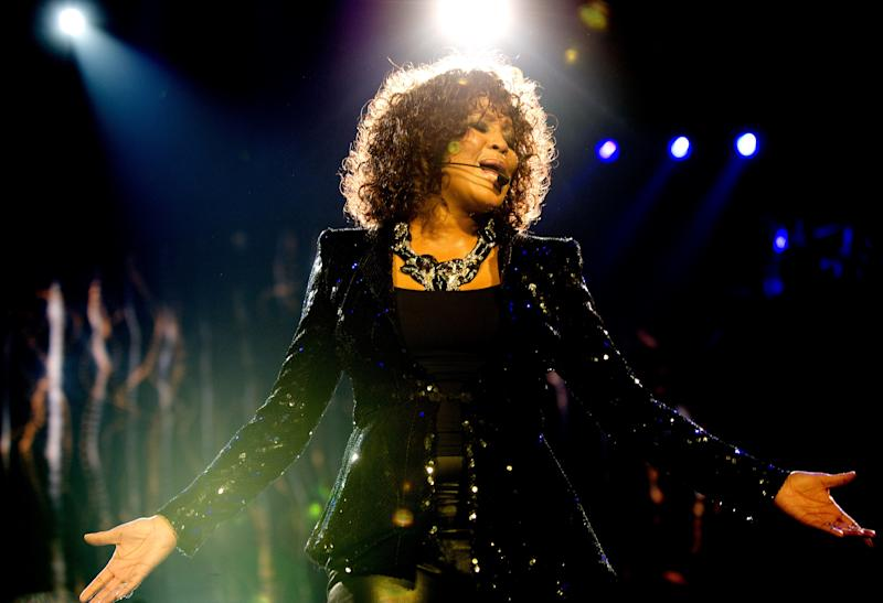 Whitney Houston performing in 2010. (Samir Hussein via Getty Images)