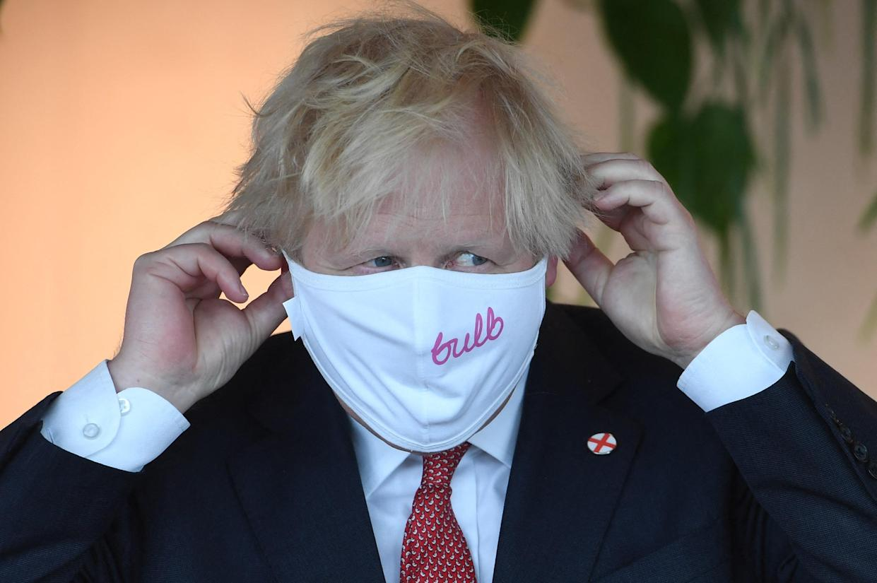 Britain's Prime Minister Boris Johnson visits the energy company Bulb in central London on July 8, 2021.      Evening Standard Picture  Picture Jeremy Selwyn (Photo by Jeremy Selwyn / POOL / AFP) (Photo by JEREMY SELWYN/POOL/AFP via Getty Images)