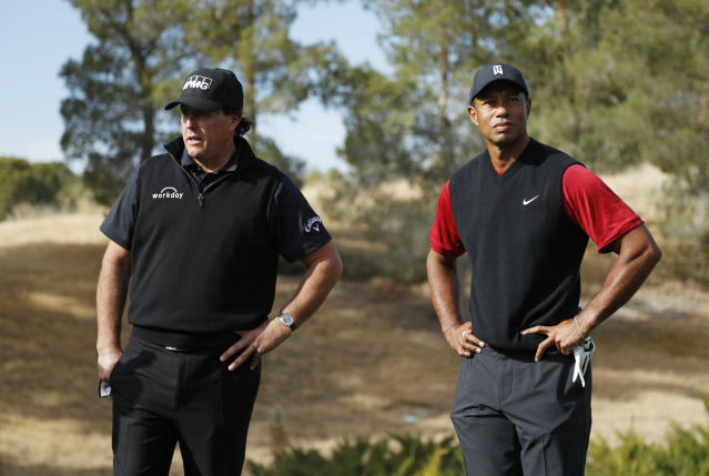 Phil Mickelson and Tiger Woods played each other in Las Vegas in 2018. (AP Photo/John Locher)