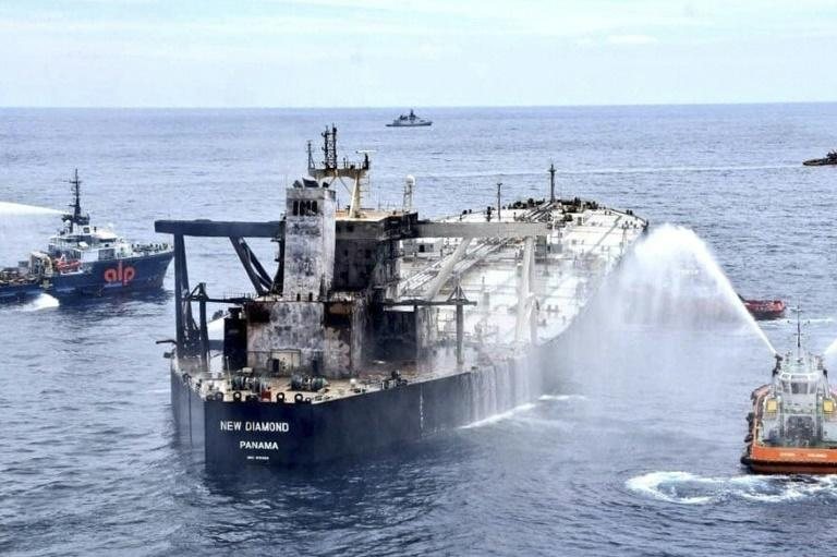 Fresh blaze on stricken oil tanker off Sri Lanka: navy