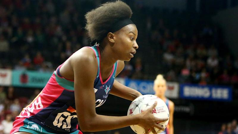 Mwai Kumwenda scored 37 goals from 39 attempts as the Melbourne Vixens outclassed the NSW Swifts