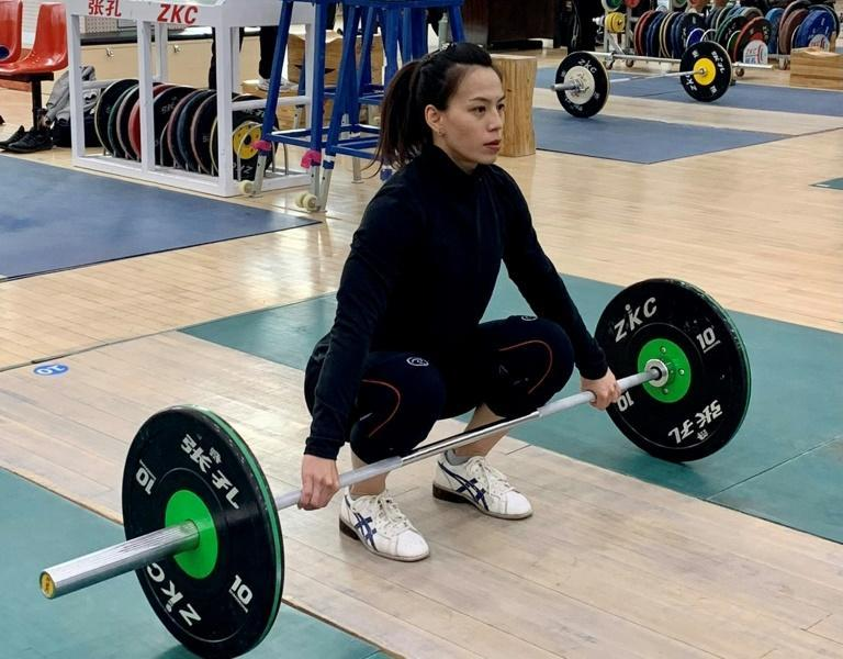 World record holder Kuo Hsing-chun trains in Kaohsiung ahead of departing for Tokyo