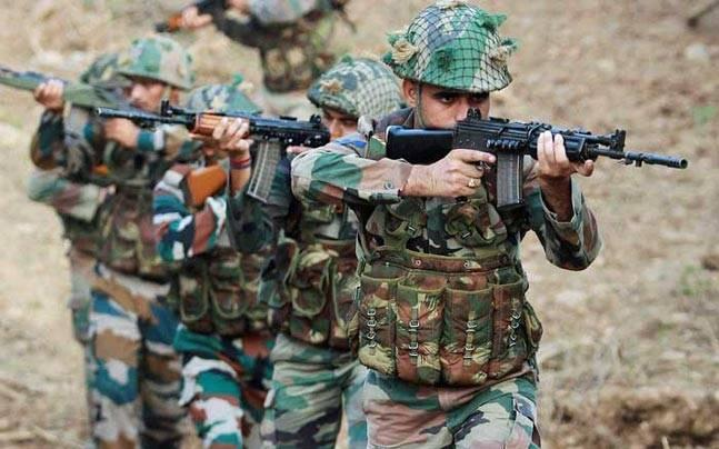 J-K: Encounter in Kashmir's Shopian district ends, militants escape