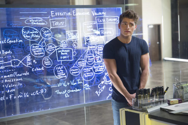 Gregg Sulkin as Chase in <em>Marvel's Runaways</em>. (Photo: Patrick Wymore/Hulu)