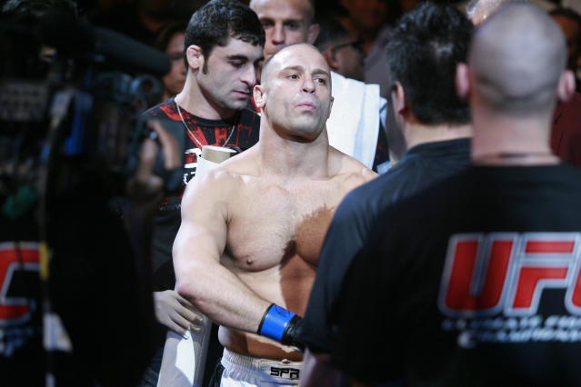 Now we know for sure: Matt Serra is a bad person to start a fight with in a restaurant. (AP Photo)