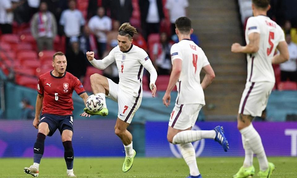 England's Jack Grealish controls the ball as Czech Republic's Vladimir Coufal (left) looks on.