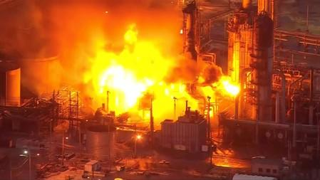 FILE PHOTO:  A massive fire burns at Philadelphia Energy Solutions Inc's oil refinery in this still image from video in Philadelphia