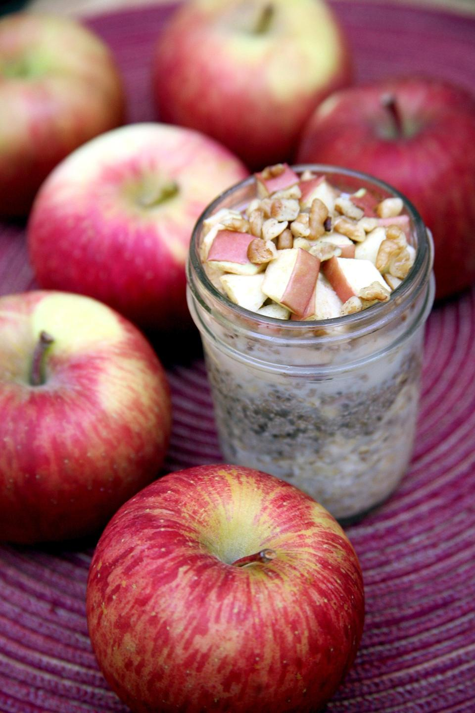 "<p>Here's a healthier way to get your apple-pie fix: apple pie overnight oats. It's a perfectly sweet way to start your day with under 13 grams of sugar.</p> <p><strong>Calories:</strong> 325<br> <strong>Protein:</strong> 11.9 grams</p> <p><strong>Get the recipe:</strong> <a href=""https://www.popsugar.com/fitness/Apple-Pie-Overnight-Oats-38392543"" class=""link rapid-noclick-resp"" rel=""nofollow noopener"" target=""_blank"" data-ylk=""slk:apple pie overnight oats"">apple pie overnight oats</a></p>"