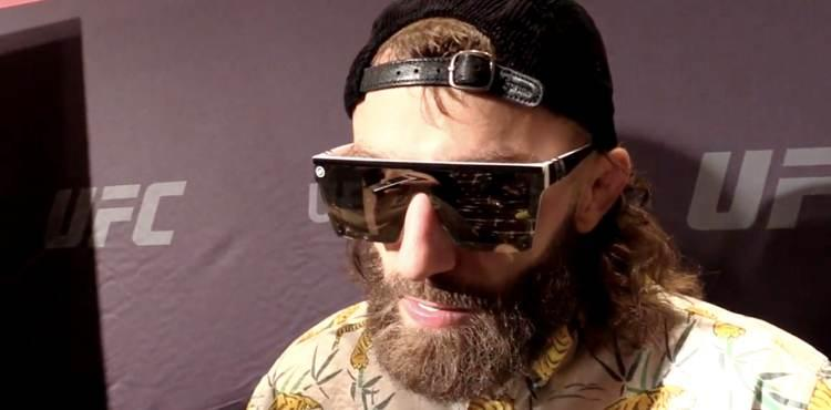 Michael Chiesa Draws Carlos Condit in First Trip to UFC Welterweight Division