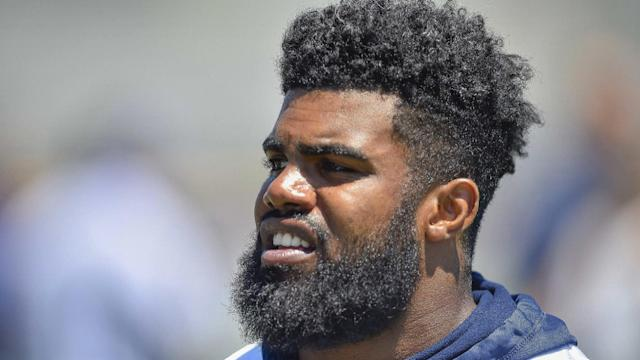 "Every fantasy owner deserves a theoretical chance at <a class=""link rapid-noclick-resp"" href=""/nfl/players/29238/"" data-ylk=""slk:Ezekiel Elliott"">Ezekiel Elliott</a>, or any other superstar. Auction Drafts provide this. (AP photo)"
