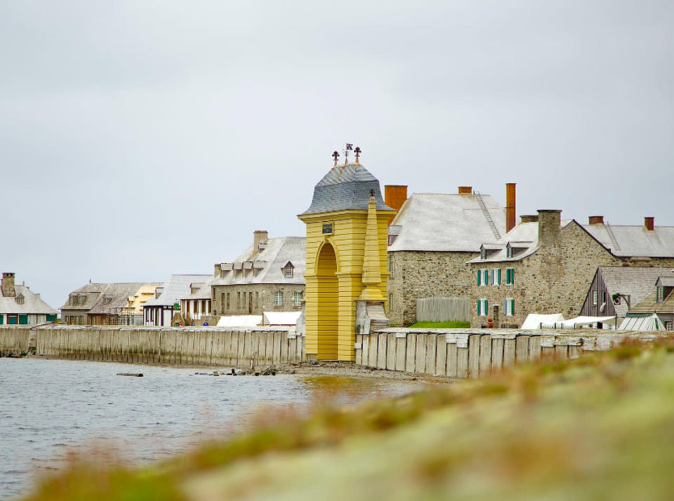 Rising sea levels threatening 300-year-old French fortress in Nova Scotia