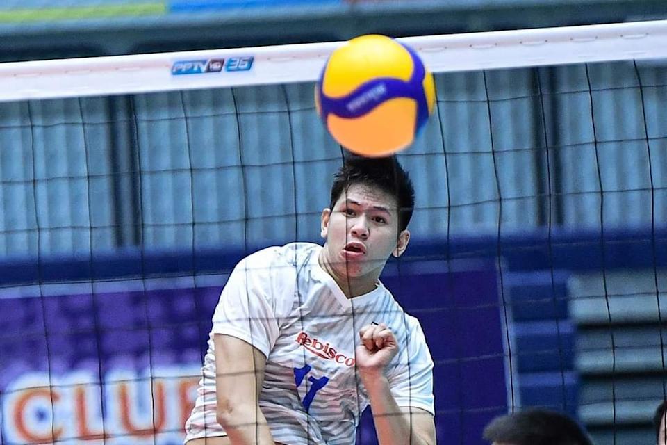 Joshua Umandal pours out 26 points in Rebisco's five-set loss to Diamond Food in the 2021 Asian Men's Club Volleyball Championship. (Photo: AVC - Asian Volleyball Confederation/Facebook)