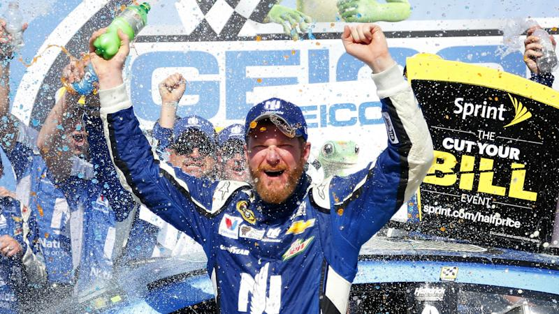 Internet reacts to Dale Earnhardt Jr.'s retirement news