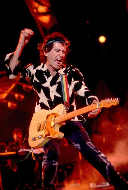 Keith Richards insured his pricey hands for 4 1.6 millions!