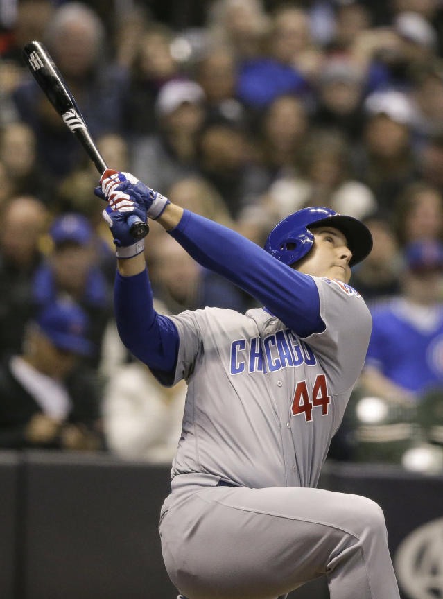 Chicago Cubs' Anthony Rizzo pops out against the Milwaukee Brewers during the first inning of a baseball game Thursday, April 5, 2018, in Milwaukee. (AP Photo/Tom Lynn)