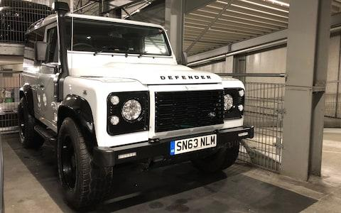 Land Rover Defender RJ Bespoke L/T test