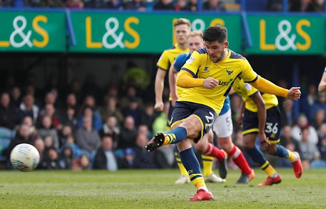 "Soccer Football - League One - Portsmouth vs Oxford United - Fratton Park, Portsmouth, Britain - March 25, 2018 Oxford United's Alex Mowatt misses a penalty Action Images/Peter Cziborra EDITORIAL USE ONLY. No use with unauthorized audio, video, data, fixture lists, club/league logos or ""live"" services. Online in-match use limited to 75 images, no video emulation. No use in betting, games or single club/league/player publications. Please contact your account representative for further details."