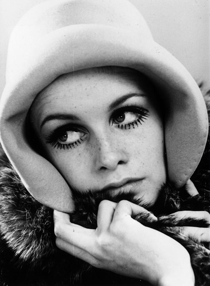 Twiggy at age 16, with her signature lashes stealing the spotlight.
