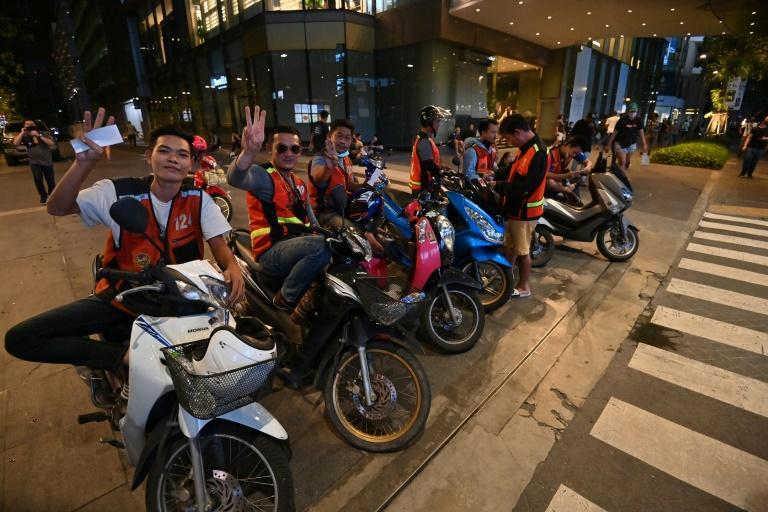 Bangkok motorcycle taxi riders have come to the aid of pro-democracy protesters, offering lifts and keeping an eye out for trouble