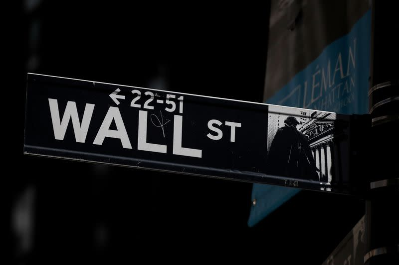 No Santa Rally? Trade fears threaten Wall Street's end of decade