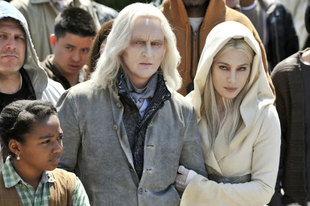 "Tony Curran as Datak Tarr and Jaime Murray as Stahma Tarr in the series premiere of ""Defiance."""