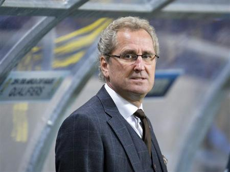 Sweden's coach Erik Hamren is pictured before his team's 2014 World Cup qualifying soccer match against Germany at Friends Arena in Stockholm October 15, 2013. REUTERS/Anders Wiklund/TT News Agency