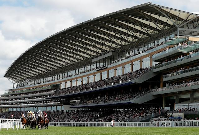 Horse Racing - Royal Ascot - Ascot Racecourse, Ascot, Britain - June 20, 2018 General view during 3.05 Queen's Vase Action Images via Reuters/Andrew Boyers