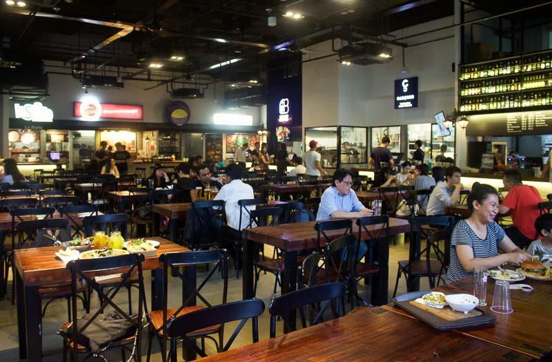 Essen the pinnacle atas food court in singapore with for Garcons restaurant singapore