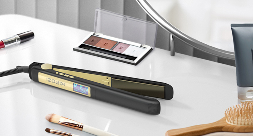 The KIPOZI Pro Titanium 2 in 1 Flat Iron is on sale now for just $39. Image via Amazon.